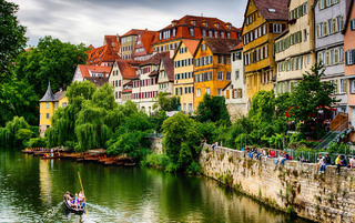 Tübingen with view of the river Neckar, Germany (Photo by Alexander Kobusch)