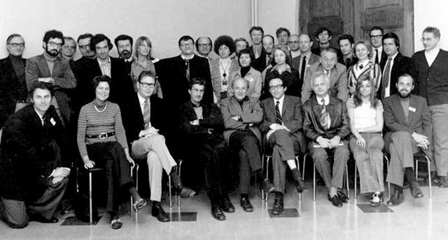 Claude Flament sitting to left of Henri Tajfel (from left, first row, 4th position) at the 1972 GM in Leuven